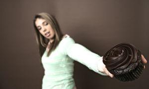 Аллергия на шоколад: причины возникновения, симптомы, профилактика
